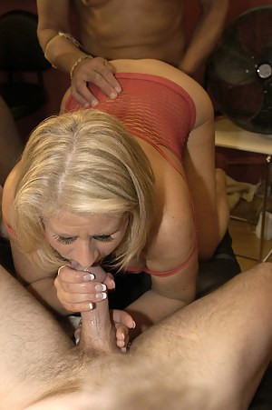 Free Mature MMF Porn Pictures